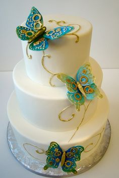 4 Butterfly-Inspired Wedding Cakes - WeddingWire: The Blog