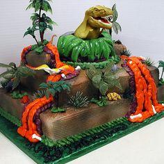 Mega dinosaur cake