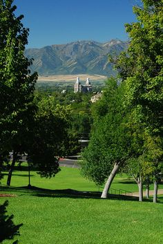 Mormon Temple, Logan, Utah by Bachspics, via Flickr