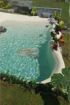 Extraordinary photo - have a look at our website for additional plans! Beach Entry Pool, Backyard Beach, Backyard Pool Designs, Small Backyard Pools, Outdoor Pool, Natural Swimming Pools, Swimming Pools Backyard, Swimming Pool Designs, Kleiner Pool Design