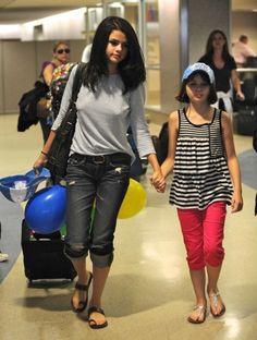 Selena gomez with Joey king