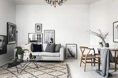 - Drömboende - Härlig balkong i soligt väst-läge - Högst upp i huset - Toppfin och ljus - Tilltagen takhöjd - Optimal planlösning - Bra förvaringsmöjligheter - Vackra renoverade ytskikt - S...