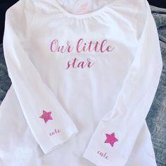 """7 gilla-markeringar, 1 kommentarer - J E N N Y 🇸🇪 (@__jennykarlsson__) på Instagram: """"Pimpat en tröja till Molly med lite glitter-htv. 😍 #silhouettecameo #diy"""""""
