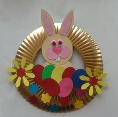 Spring Crafts For Kids, Projects For Kids, Easter Art, Easter Crafts, Spring Bulletin Boards, Daisy Girl Scouts, Funny Bunnies, Paper Plates, Preschool Activities