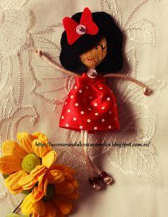 Quecas de Fieltro / Dolls felt Mod39 http://accesoriosdulcescaramelos.blogspot.com.es/search/label/Mu%C3%B1ecas%20%28Quecas%20de%20Fieltro%29