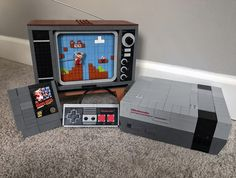 Hands-on with the new LEGO NES.