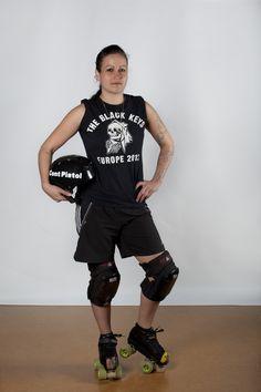 10 Cent Pistol - Dunedin Derby www.facebook.com/dunedinderby Roller Derby, Skate, Champion, Sporty, Facebook, Girls, People, Fashion, Moda