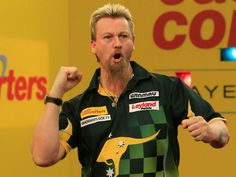 Simon Whitlock had a decent week as he made it to the semi-finals. Darts Game, Professional Darts, Peter Wright, Semi Final, Finals, Legends, Play, Website, Darts