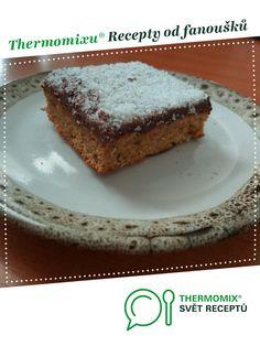 Bezlepkové cuketové řezy s ořechy kokosem od Majka S.. A Thermomix ® recept z kategorie Dezerty a sladkosti z www.svetreceptu.cz, Thermomix ® skupina.