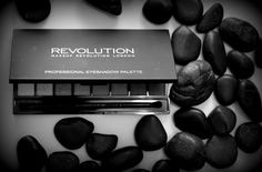 Makeup Collection: Makeup Revolution New-trals Vs Neutrals