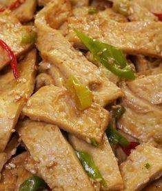 전통 방식 그대로 오이지 무르지 않게 담그는방법 Korean Dishes, Korean Food, Food And Drink, Chicken, Meat, Cooking, Recipe, Recipes, Kitchen