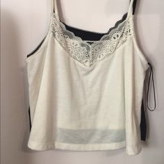 Tank top bundle Two identical tank tops, one white one black both in very good condition! Forever 21 Tops Tank Tops
