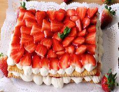 Tarta rápida de fresas Strawberry Fields, Waffles, Fruit, Breakfast, Desserts, Food, Yummy Yummy, Youtube, Strawberry Crisp