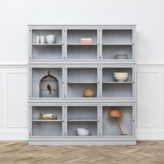 Witryna o szerokości Grey Oliver Furniture, Scandinavian Living Oliver Furniture, Modern Kids Furniture, Home Furniture, Furniture Design, Dining Room Storage, Living Etc, Sustainable Furniture, Scandinavian Living, Smart Tiles