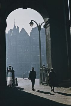 26 Wonderful Color Photographs Captured Everyday Life in Belfast in 1955 ~ vintage everyday