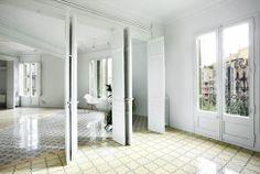 Апартаменты с необычной планировкой в Барселоне