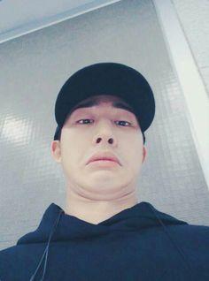 i love hanbin Kim Hanbin Ikon, Ikon Kpop, Ikon Leader, Yg Trainee, Ikon Wallpaper, Meme Faces, Yg Entertainment, Boyfriend Material, Musica