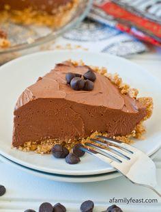 No-Bake Chocolate Cheesecake Pie - OMG Chocolate Desserts