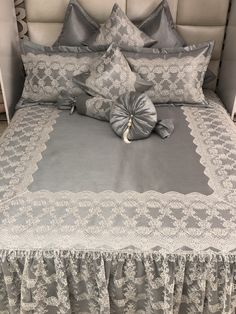 Creative Beds, Bed Cover Design, Designer Bed Sheets, Ruffle Pillow, Living Room Sofa Design, Cute Pillows, Curtain Designs, Bed Covers, Comforter Sets