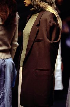 See detail photos for Maison Margiela Fall 1997 Ready-to-Wear collection.