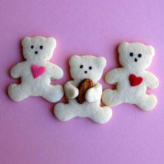 Teddy Bear, Teddy Bear you're so sweet. Teddy Bear, Teddy Bear I want to eat. I'll put you in my tummy and you'll taste so yummy, it will be such a treat! Make some yummy teddy bears for the kids toda
