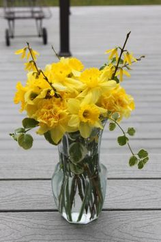 pretty yellow flowers always brighten a dull day