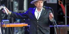Concert review: #BobDylan and His Band