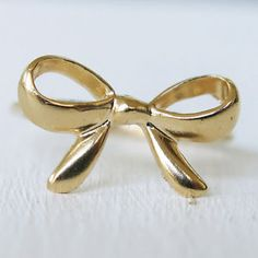 gold bow tie ring Ribbon Bow knot gold fill filled size 6.5 great Feminine gift