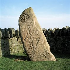Aberlemno Stone: pictish symbol and cup marked stone on the Brough of Birsay, Orkney, Scotland. Stonehenge, Alexandre Le Grand, Art Premier, Celtic Mythology, Art Sculpture, Celtic Art, Picts, Ancient History, European History