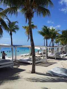 Mambo Beach - Curacao