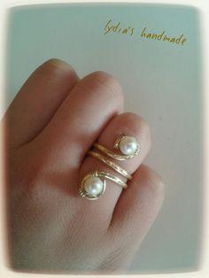 Δαχτυλίδι από σφυρίλατο ορείχαλκο, με μαργαριτάρια!