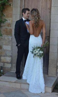 Our bride Desiree featured in Bridal Vogue & Planestry! Shot by Luna De Mare Pho. Lace Wedding Dress, Backless Wedding, Wedding Dress Sizes, Used Wedding Dresses, Wedding Goals, Wedding Beauty, Wedding Pics, Wedding Day, Wedding Venues