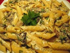 Pizza Lasagna, Japchae, Pasta Salad, Food And Drink, Cooking Recipes, Meat, Chicken, Ethnic Recipes, Ferrero Rocher
