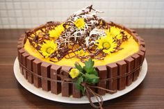 Gul Påske Kake No Bake Desserts, Dessert Recipes, Recipe Boards, Sweet Life, Mini Cakes, Cooking Time, Tart, Cake Decorating, Good Food