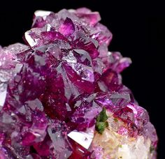 Roselite; Aghbar Mine, Bou Azzer, Morocco / Mineral Friends <3