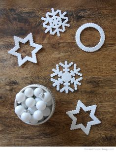 the red thread snowflakes diy