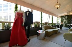 Just in time for Sunday, Barneys hosts a pop up shop with all your red carpet needs. Oscars, here we come. Innovation Strategy, Brand Campaign, Red Carpet Ready, I Am Beautiful, Prom Dresses, Formal Dresses, Barneys New York, Oscars, Contemporary Architecture