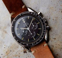 Omega Speedmaster Professional, manufactured in 1967 Dream Watches, Cool Watches, Rolex, Best Looking Watches, Speedmaster Professional, Gents Watches, Hand Watch, Omega Speedmaster, Luxury Watches For Men