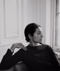"""Jhumpa Lahiri - """"That's the thing about books.They let you travel without moving your feet."""""""