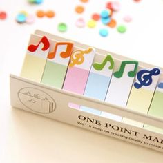 TOTALLY IN TUNE STICKY MUSICAL NOTES