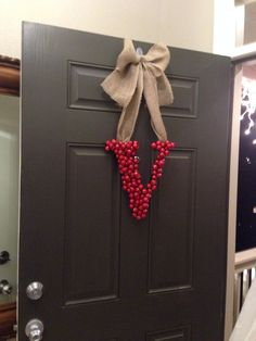 DIY Christmas Decor -.maybe something similar made out of cardboard and tinsel.wrapped around for.front gate