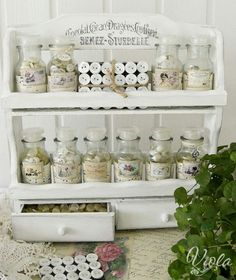 Spice rack for buttons