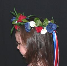 Use different colors and braid hair to create dragon Fairy Crown, Flower Crown, Braid Hair, Braids, Shrek Costume, Braided Hairstyles, Different Colors, Halo, Dragon