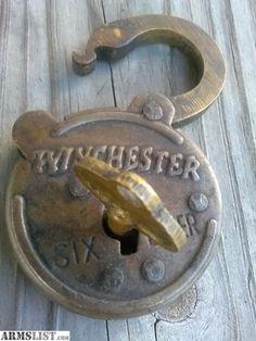Under Lock And Key, Key Lock, Cool Doors, Unique Doors, Antique Keys, Vintage Keys, Antique Shelves, Door Knobs And Knockers, Cool Lock