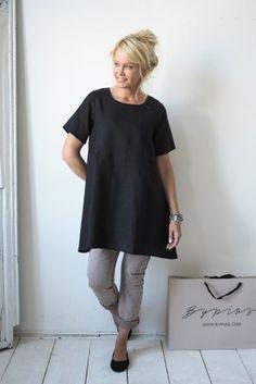 TIMELESS Linen Tunic, Black - BYPIAS Linen Dresses, Tunics - BYPIAS