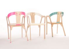 Bakery Design Elastic Wood: elastic joints on wood chairs