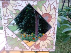 Napraforgós kicsi tükör