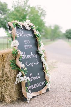 LOVE this #rustic welcome to our wedding sign!