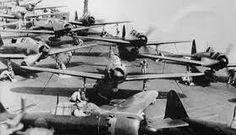 機体の色とカウリングから零式52型、その機数から海戦は、マリアナ沖、瑞鶴or翔鶴か?甲板の狭さから千代田?