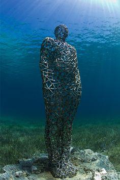 Les sculptures sous-marines de Jason deCaires Taylor | La Régalerie http://www.laregalerie.fr/les-sculptures-sous-marines-de-jason-decaires-taylor/
